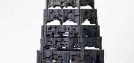 Defragmentology an der Grenze zwischen Grafik und Skulptur